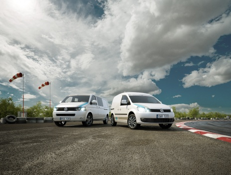 Volkswagen VW rally cross racing track caddy transporter bilar grusväg tävling vind flöjel